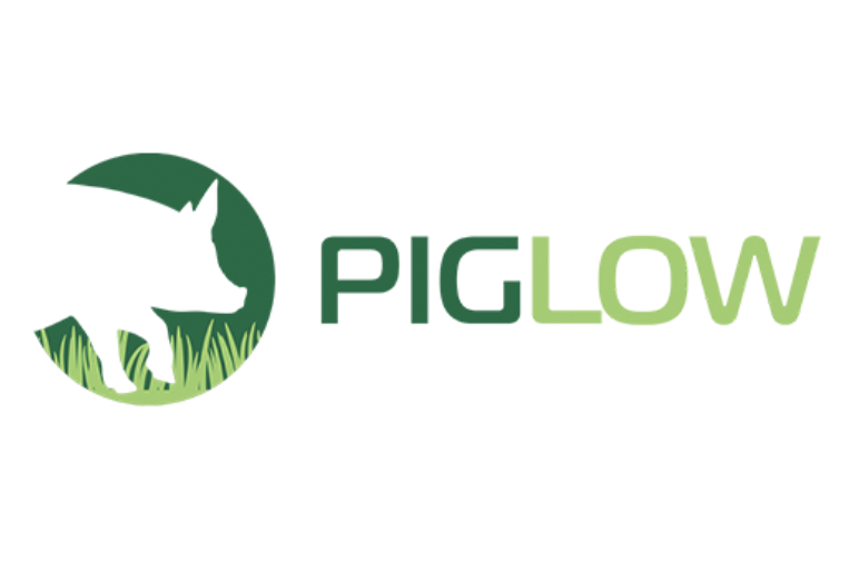 PIGLOW application for animal welfare self-assessment by farmers